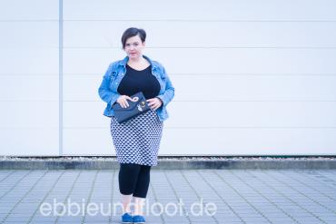 Curvy fashion - Bleistiftrock und jeansjacke