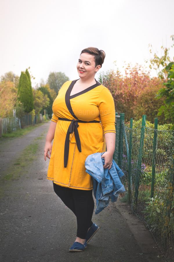 ein gelbes Kleid zum Wohlfühlen