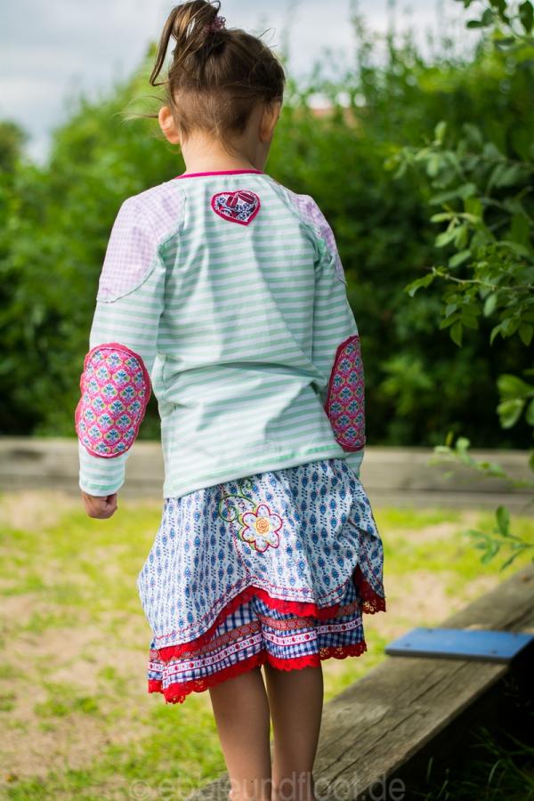 Shirt mit Arm- und Schulterpatches für Jungen und Mädchen