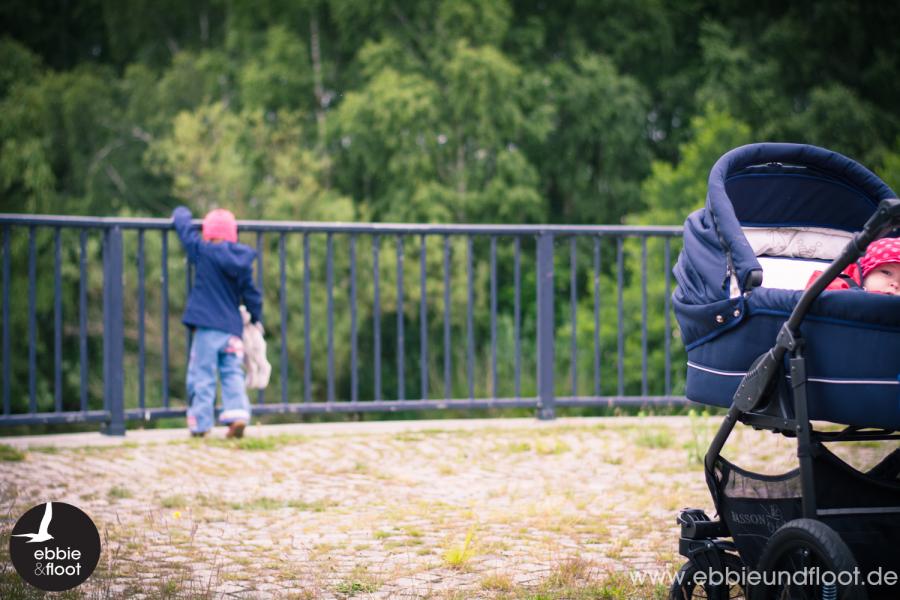 ebbie-und-floot_familienblog_Basson-Baby_Dänischer-Kinderwagen_XXL Kinderwagen_Softshelljacke_01