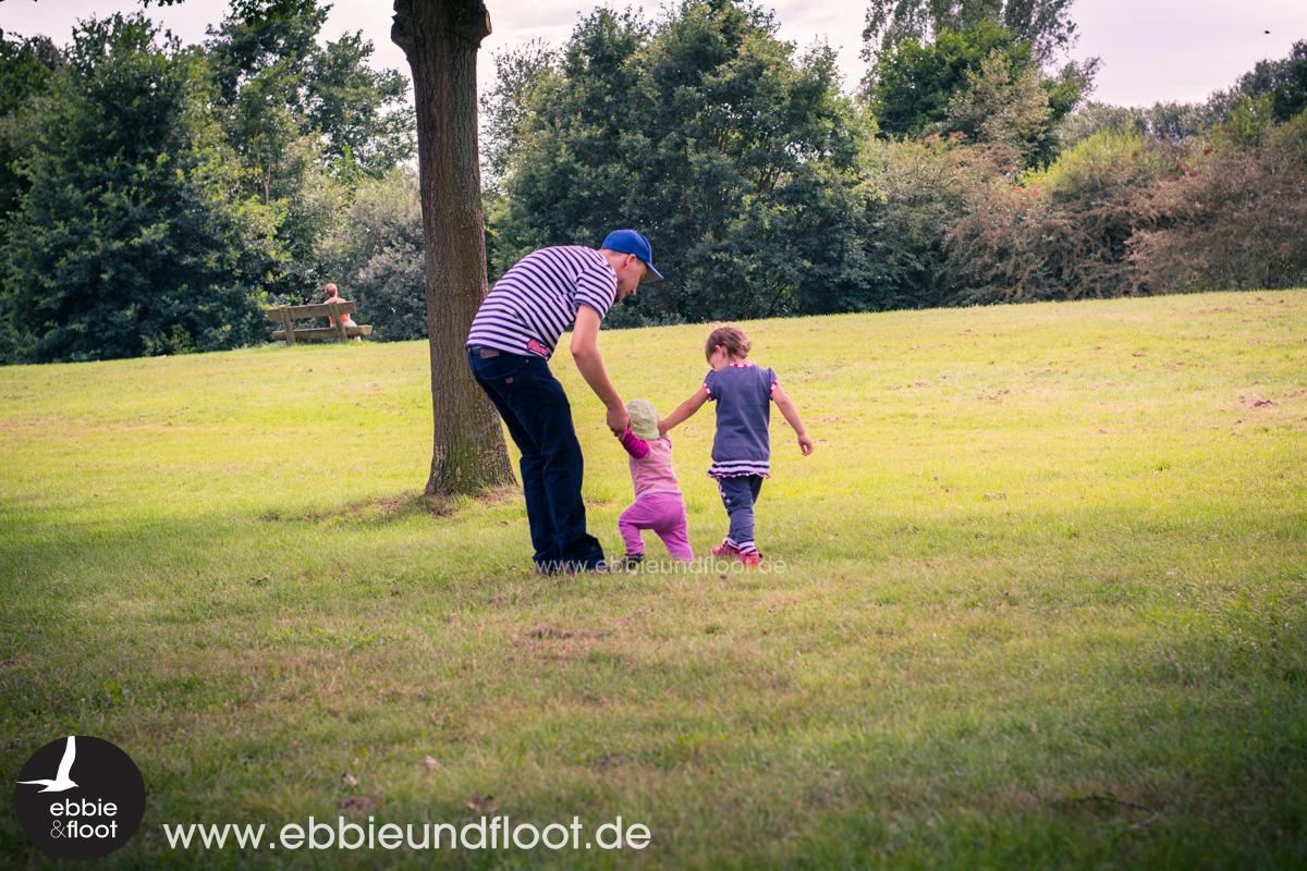 ebbie-und-floot_familienblog_maritim_Albstoffe_fred-von-Soho_farbenmix_laufen-lernen_Familienausflug_03