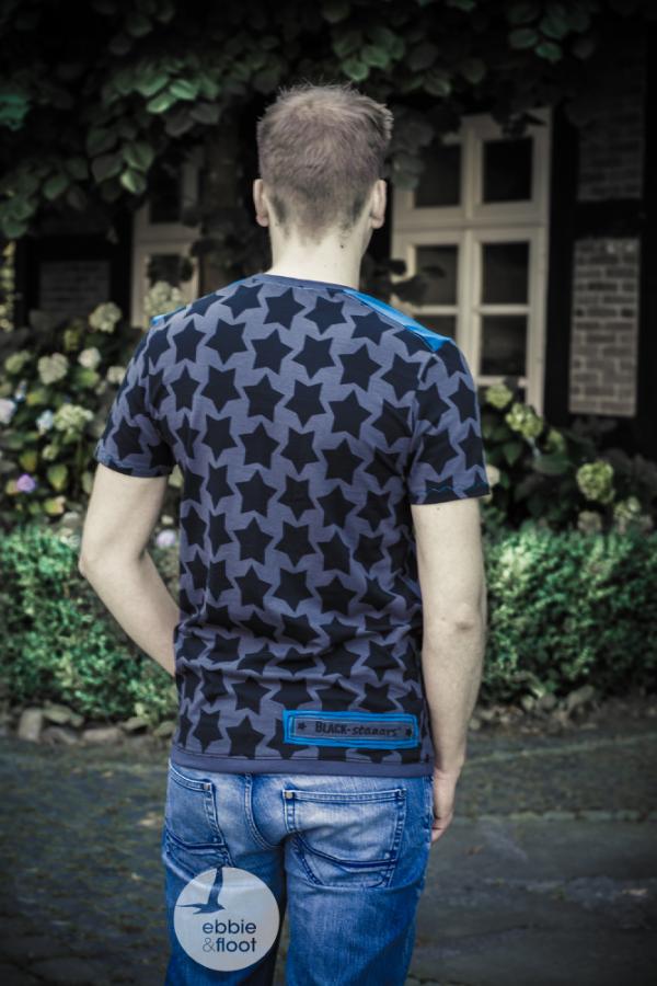 ebbie und floot_farbenmix_Föhr_Herren_Shirt_BLACK staaars_schnittreif_05