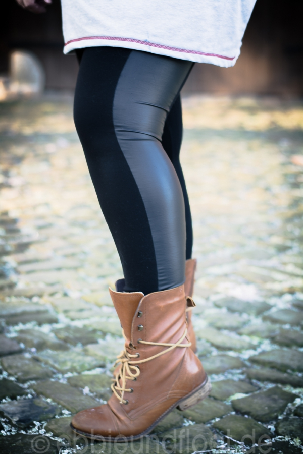 Plus Size Jeggings mit Ledereinsatz