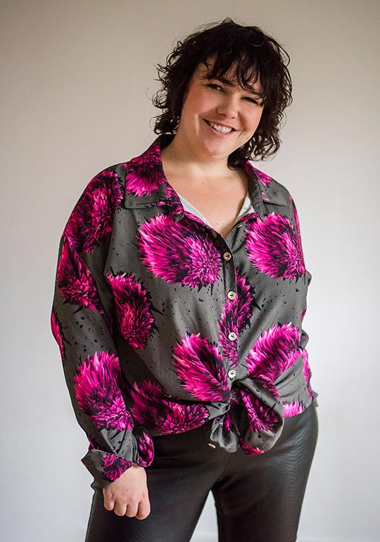 Lässige oversize Bluse mit großen Print.