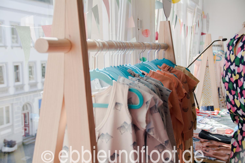 -ebbie-und_floot-albaoriginal_albakid_Kinderkleidung_dänische-Kinderkleidung_Tunika_Kleid_Kidsfashion{Folgenummer (01)»}